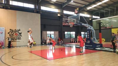济宁市第十二届百县篮球比赛打响