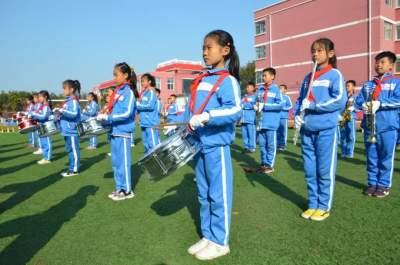 """奏出心声放飞梦想 石桥镇第一小学""""梦之声""""管乐团展风采"""