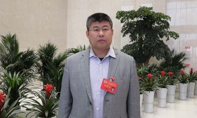 众说两会 政协委员支招济宁经济发展