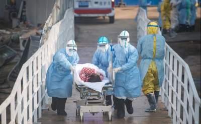世卫组织:全球累计新冠确诊病例达90335008例
