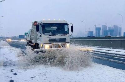 以雪为令!济宁城区累计出动4200余人次全力保障道路通畅