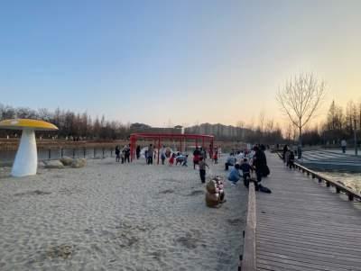 网友:沙滩游乐设施需改进 高新区:建议已列入计划