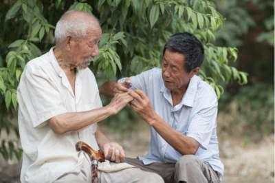 道德模范在身边 | 陈传安:九年如一日义务照顾高龄孤寡老人