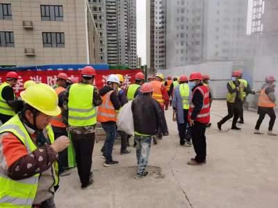 开展消防应急演练 助力建筑工地安全生产