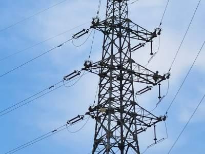 国网济宁供电公司消除缺陷保电网安全运行