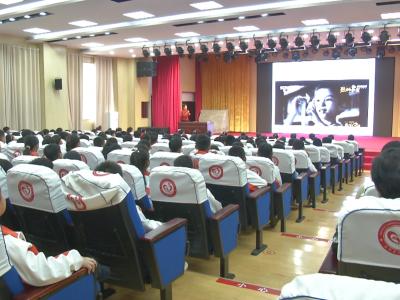 传承红色教育 嘉祥组织开展巾帼宣讲进校园活动