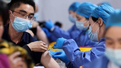 新冠疫苗第二针能按时打吗?运力和产能跟得上吗?来看权威回应