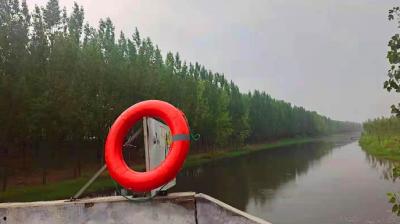 救生设备设岸边 微山筑牢防溺安全线