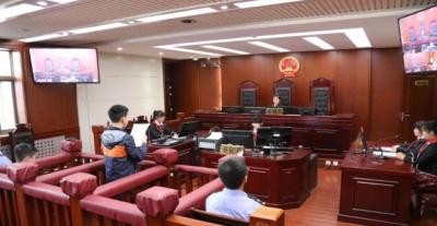 開展模擬法庭 埋下法治種子
