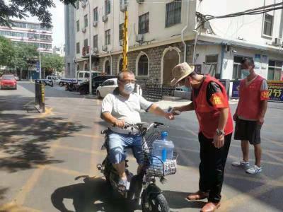 刘庄社区:助力疫情防控 志愿者们在行动
