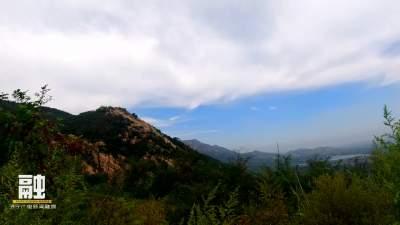 雨后蓮青山: 山巒碧翠 流水潺潺