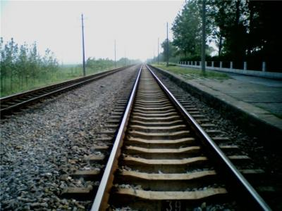 铁路中秋小长假运输今日启动 9月19日为客流最高峰