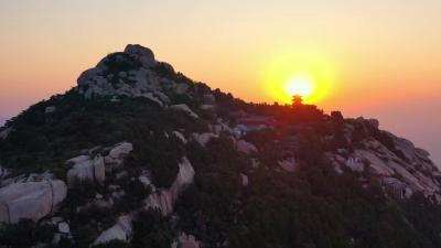 美!夕阳下的峄山景区