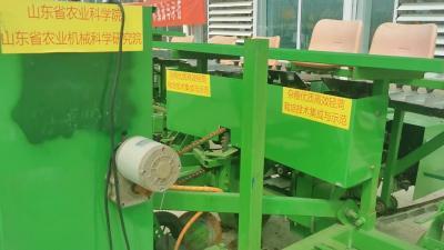 快来看看我们的现代化农业机械有多先进!